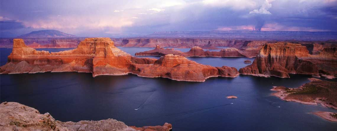 Lake Powell –Must Visit Region of Natural Recreation